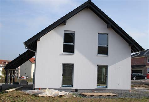 Sockel Am Haus by Wir Bauen Ein Haus Unser Haus In Farbe