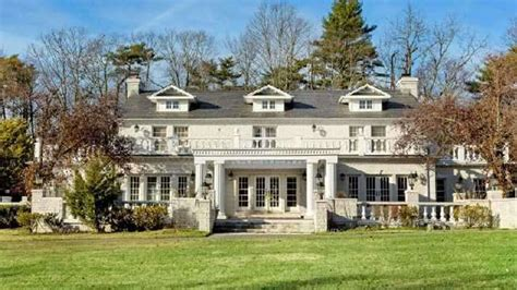 Gatsby Mansion by Victoria Gotti Lists Long Island Estate Variety