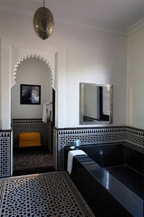 luxurious bathroom 10 eye catching and luxurious black and white bathroom ideas