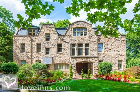 bed and breakfast pittsburgh pa the mansion at maple heights in pittsburgh pennsylvania