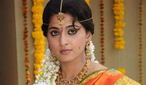 anushka shetty marriage husband details 25cineframes telugu actress anushka marriage photos www imgkid com
