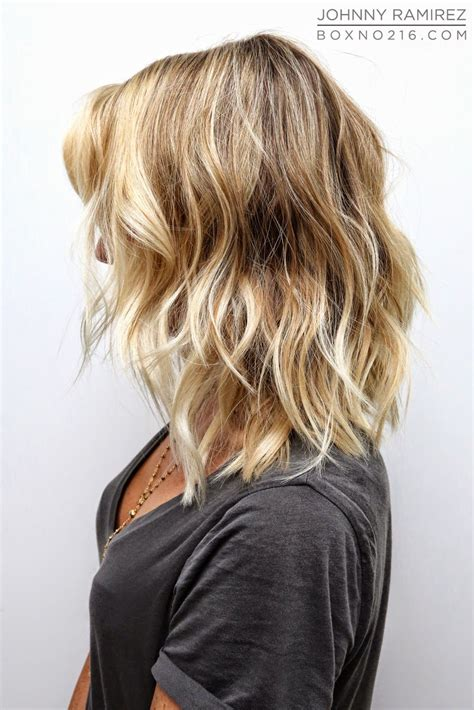 37 best short to medium blonde haircuts for 2017 2018 waves curly hair mom hair pinterest curly hair