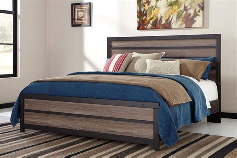 king panel bed harlinton king panel bed from ashley b325 56 58 97