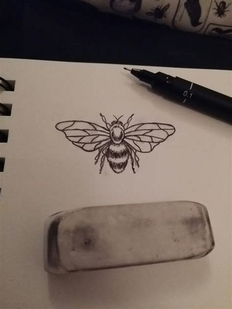 small bee tattoo design tattoos pinterest small bees