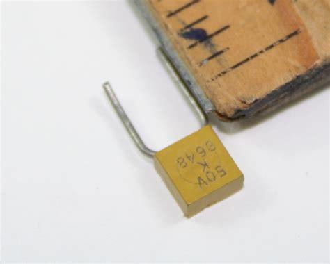 ck05bx104k kemet capacitor 0 1uf 50v ceramic monolithic radial 2020000110
