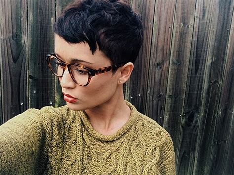 pixie cut curly hair glasses 880 best images about short and sassy haircuts on