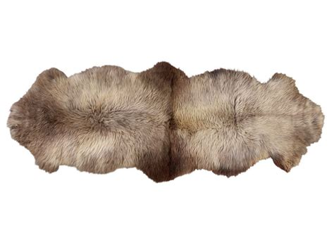 sheepskin rug smell 100 sheepskin rug smell safavieh woven sheepskin pelt white shag rug 3 u0027 x 5