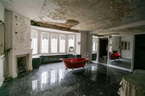 aretha franklins  detroit home  photo