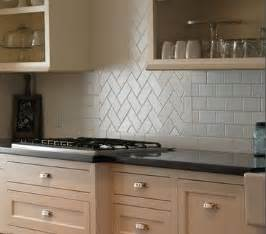 Kitchen Backsplash Subway Tile Patterns by Best 25 Tile Back Splashes Ideas On Pinterest Tiles