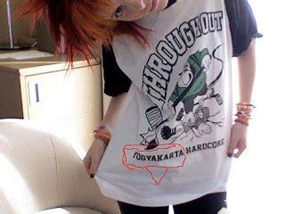 Kaos Baju Paramore 2
