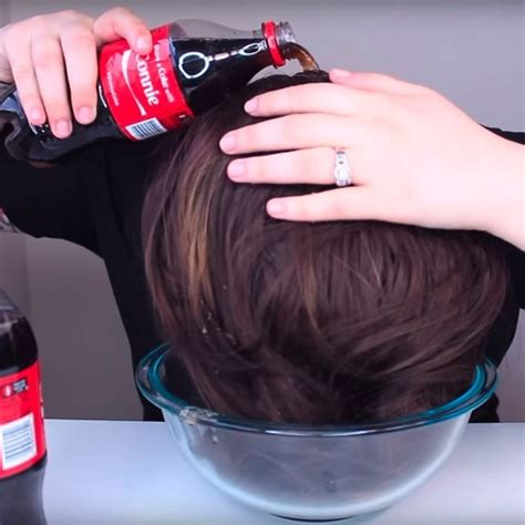 rinsing hair with coke this is what happens when you wash your hair with coke