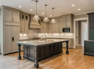 Large Kitchen Cabinets Best 25 Large Kitchen Island Ideas On Pinterest