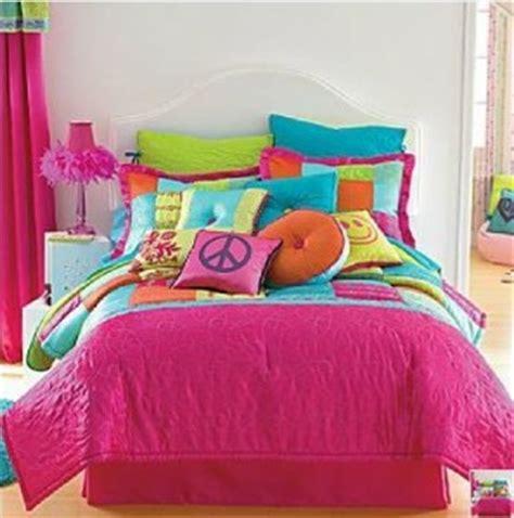 seventeen gigi comforter set seventeen bedding lookup beforebuying