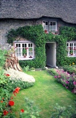 Cottage Meaning In 1000 Ideas About Cottage In On Vincent