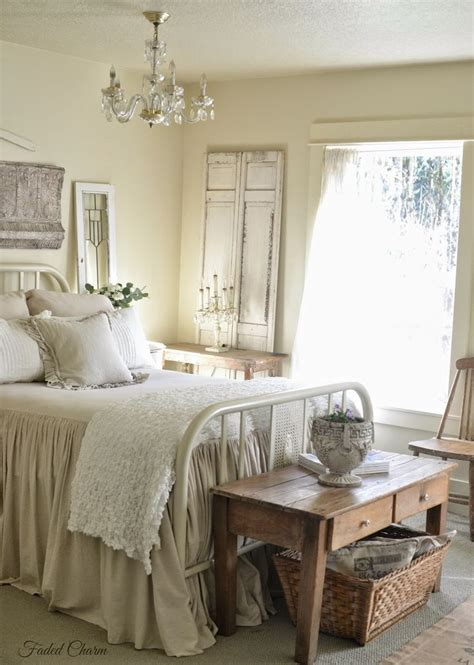 cottage bedroom decor best 25 cottage bedrooms ideas on pinterest farmhouse