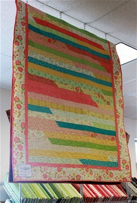 Jelly Roll Race Quilt Tutorial by Fabric Mill Jelly Roll Race Quilt Tutorial