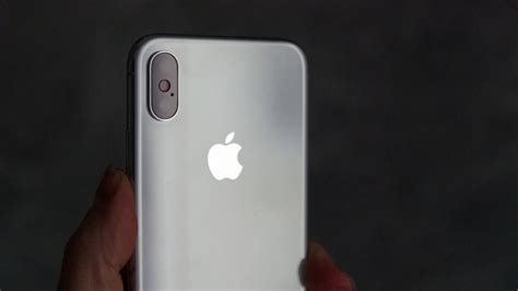 apple iphone x review apple replaces the iphone x with two new flagships the xs and xs max