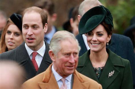 lade in inglese sandringham la famiglia reale alla messa di natale senza