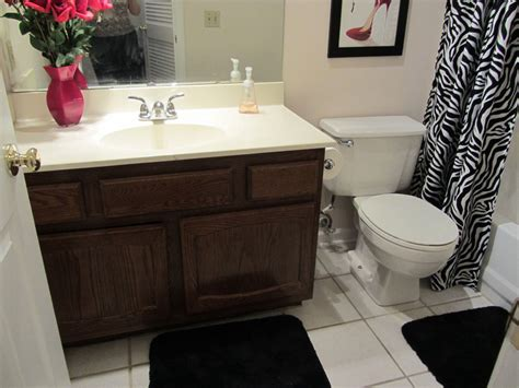 cheap redecorating bathroom ideas on a budget house
