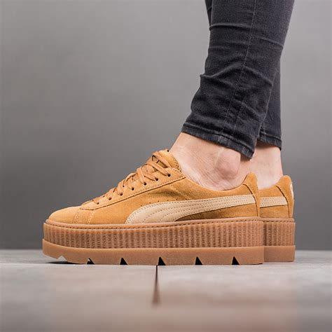 Sepatu Sneaker Suede Termurah 02 X Fenty Rihanna Cleated Creeper Suede Quot Golden Brown