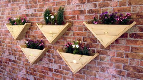 triangle wall hanging fence post mounted reverse