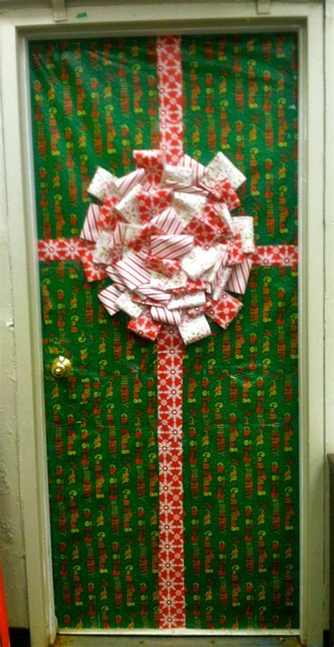 christmas class door decor 17 best ideas about classroom door on door decorations