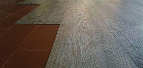 pavimento ad incastro pavimenti vinilici ad incastro vendita e cosa sono