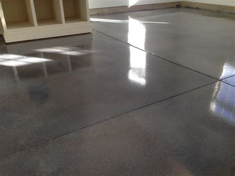 Columbus Ohio epoxy floor contractors & installers. 614