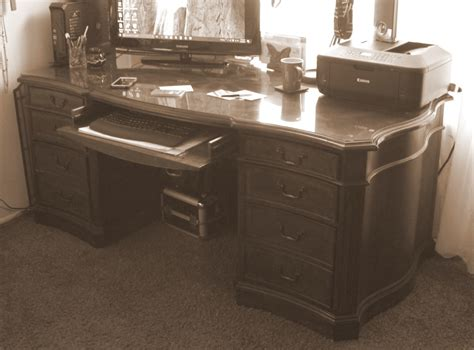 hooker seven seas desk seven seas executive desk by hooker furniture collectors