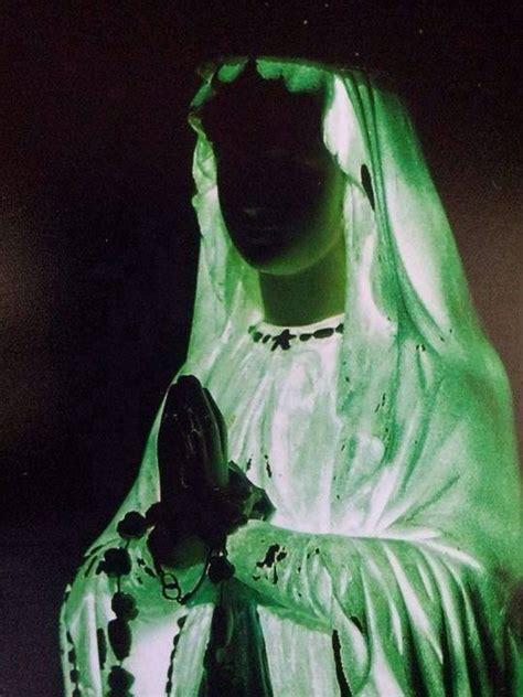 madonnina di medjugorje si illumina ho finalmente visto la statua illuminata in casa di vicka