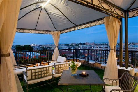 aperitivo terrazza roma ecco dove fare l aperitivo negli hotel di lusso di roma