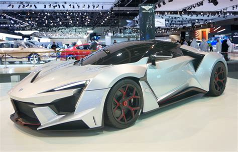 sport motors fenyr supersport from w motors at dubai motor show 2015