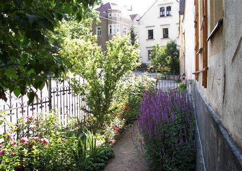 Kleiner Vorgarten by Wohngarten Traditioneller Kleiner Vorgarten Mit