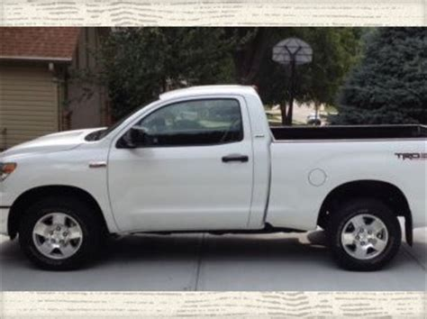 toyota tundra regular cab short bed buy used 2013 toyota tundra 5 7 regular cab short bed sr5