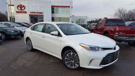 Toyota Xle Premium Package New 2017 Toyota Avalon Xle Premium 4dr Car In Boston