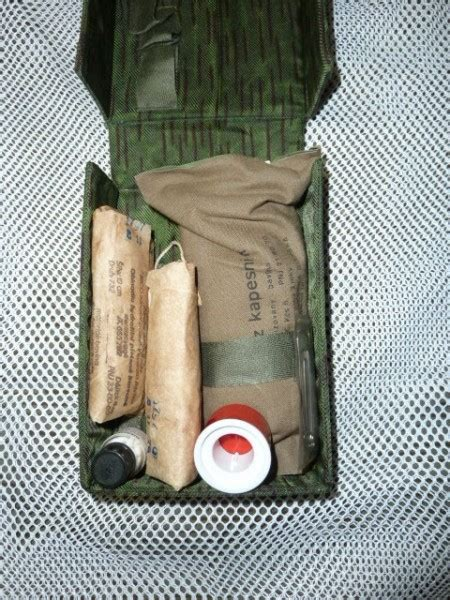 webbingbabel czech army csla paratrooper  aid kit