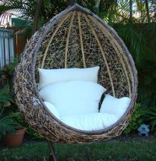 egg chair swing true story