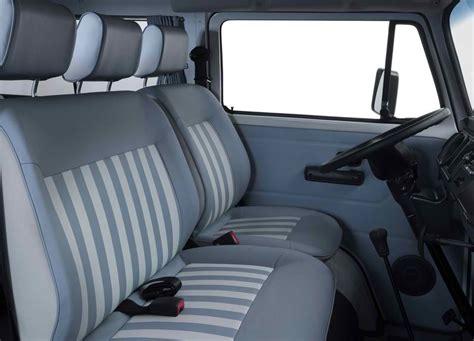 volkswagen kombi interior 2013 volkswagen kombi last edition specs review