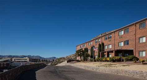 El Paso County Colorado Detox Patient Holding by Sovereign Health Of El Paso Sovereign Health