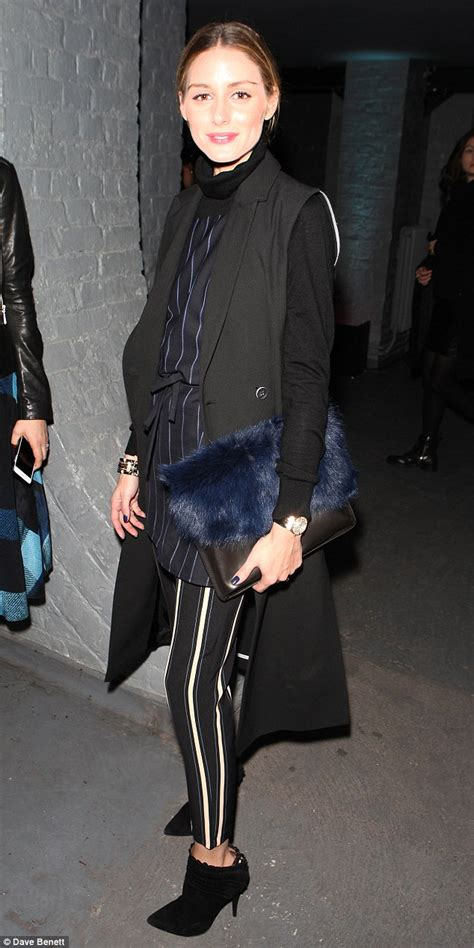 Tali Jam Fashion Glossy Biru Uk 21 Tali Lennox Steps Out In Silver Lam 233 Jacket And Leather