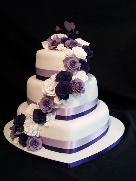 heart pattern cake heart shaped wedding cakes wedding and bridal inspiration