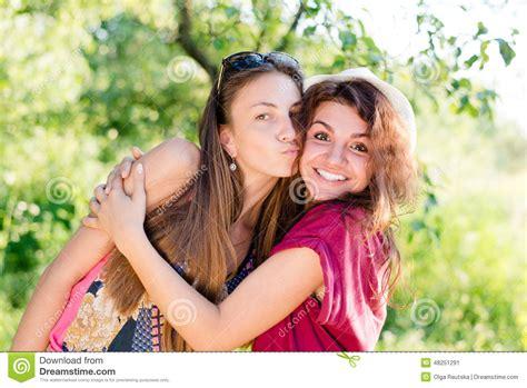 Beautiful Blogging Friends 2 by Best Friends
