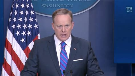 more flynn omissions as white house discloses russia today sean spicer defends white house russia policy after flynn