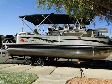 used party pontoon boats for sale 2011 used sun tracker party barge 22 sport fish regency