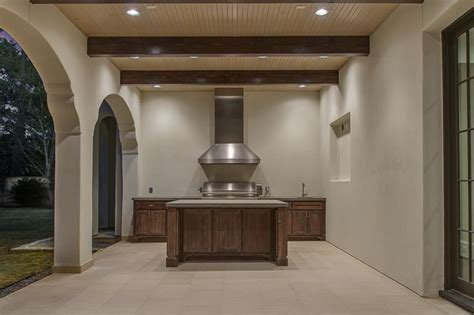 Round Kitchen Island Designs Covered Patio With Outdoor Kitchen Transitional Deck Patio