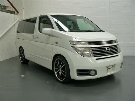 2003 nissan elgrand e51 pictures information and