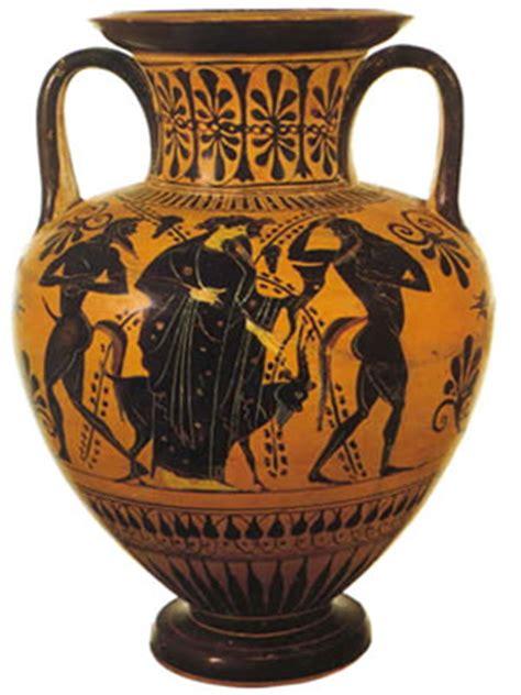 vasi antichi etruschi sangiovese toscana