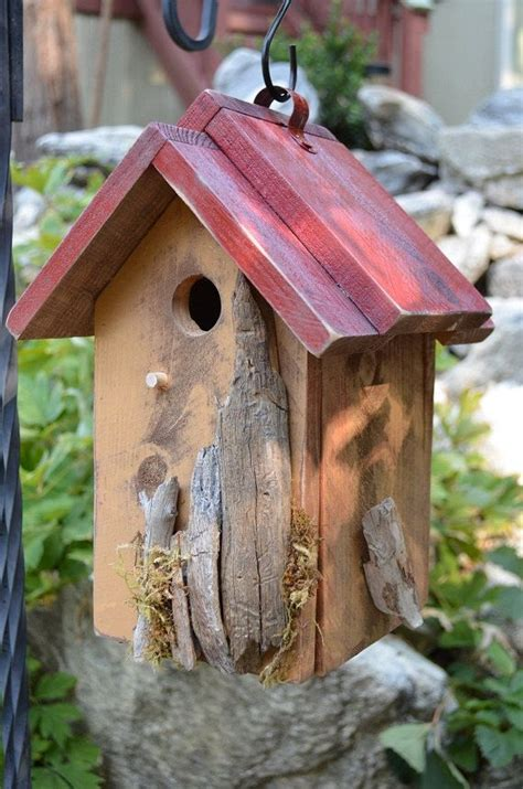 Handcrafted Birdhouses - new rustic and functional for garden birds find out how