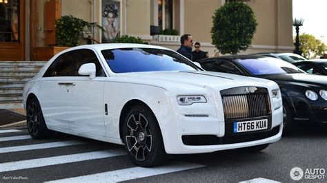 roll royce black black rolls royce ghost pixshark com images