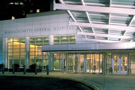 mass general hospital emergency room massachusetts general hospital reviews gossip top 10 hospitals in boston ratehospitals